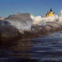 Ледоход на Волге-реке. :: Denis Makarenko