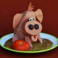 Хрюндель из колбаски... строит мило глазки. :: Лара Гамильтон