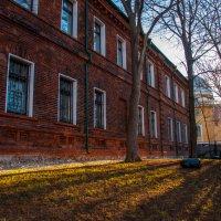Москва. Весна в малом Трехгорном переулке. :: Alexander Petrukhin