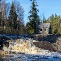 Рускеальские водопады :: Владимир Лазарев