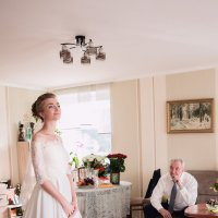 В ожидании жениха. :: Надя Френкель