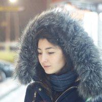 Зима свет от витрины :: Михаил