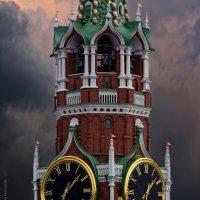 Спасская... :: Виктор Перякин