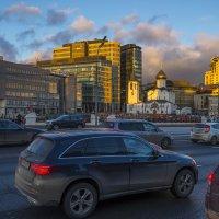 Предзакатные лучи. Москва, площадь Белорусского вокзала. :: Игорь Герман