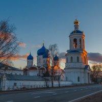 В свете заходящего солнца :: Сергей Цветков