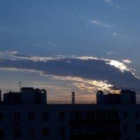 Облако-дракон над златоглавой Москвой :: Валерий