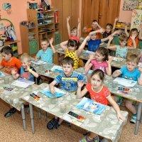 Один день из жизни детского садика - урок рисования :: Дмитрий Конев