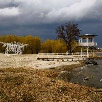 Прибрежный пейзаж :: Константин Бобинский