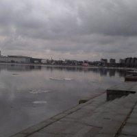 Нева в марте :: Svetlana Lyaxovich