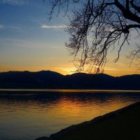 Закат на Тегерн озере :: Galina Dzubina