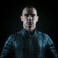 Уверенность и сила :: Юра Викулин