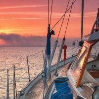 Рассвет на выходе из Гибралтара :: Анастасия Богатова