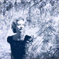 тогда была весна... :: Эльмира Суворова