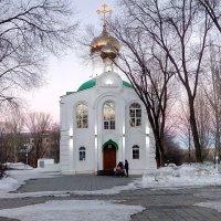 Апрельский снег :: Александр Алексеев