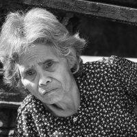 Портрет пожилой женщины... :: Cергей Павлович