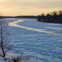 Река в реке :: Евгений Карский