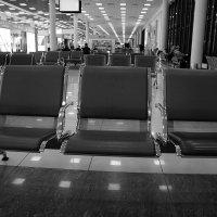 В ожидании рейса. :: Любовь Изоткина