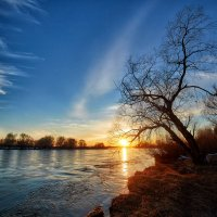 Весенний закат на Иртыше! :: Виктор Гришенков