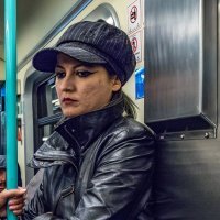 В метро... :: Виктор Льготин
