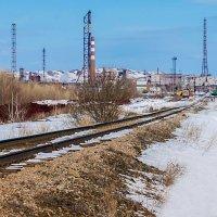 Дорога к заводу :: Любовь Потеряхина