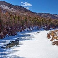 Скоро река сбросит ледяной панцырь :: Анатолий Иргл