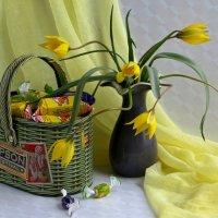 Натюрморт с полевыми тюльпанами :: Татьяна Смоляниченко