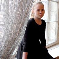 в черном платье :: Любовь Константиновна