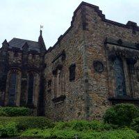 Мрачный Эдинбургский замок :: Марина Домосилецкая