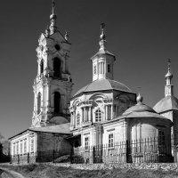 Храм на Погосте. :: Валерий Гудков