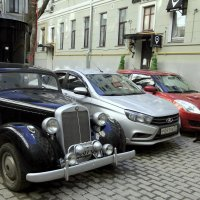 У музея М. А. Булгакова. :: Владимир однакО...