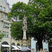 Цюрихский фонтан :: Александр Корчемный