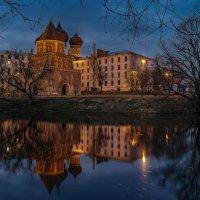 Мостовая башня и Покровский собор :: Борис Гольдберг