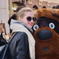 Маша и медведь. :: Татьяна Помогалова