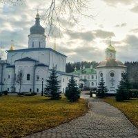 Монастырская весна :: Владимир Филимонов