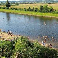 отдых на реке Нерль :: Геннадий Тарасов