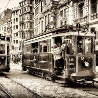 Улица Истикляль...Стамбул,Турция! :: Александр Вивчарик