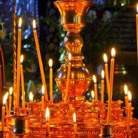 Свечи горят в храме. :: Валентина ツ ღ✿ღ