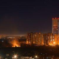 Вечерний город. :: Виктор Шпаков
