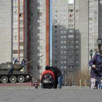 В нашем дворе... :: Сергей Яценко