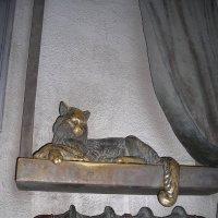 Памятник отопительной батарее :: марина ковшова