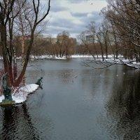 Вблизи острова пионеров-рыболовов... :: Sergey Gordoff