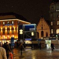 Мюнхен, Мариенплац, старая ратуша :: Владимир Брагилевский