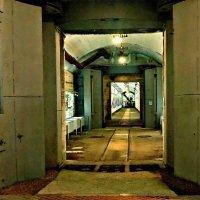 Балаклава. Севастополь. Противоатомные двери подземного укрытия для подводных лодок ГТС 825 :: Кай-8 (Ярослав) Забелин