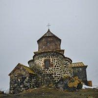 Монастырь Айраванк. :: Анатолий Щербак