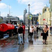 Начало  апреля  в  Городе выдалось  приветливым . Даже что-то успели   помыть... :: Игорь Пляскин