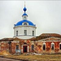 Знаменская церковь в селе Красное :: марк