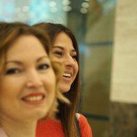 Прогулки по магазинам :: Надежда Крылова
