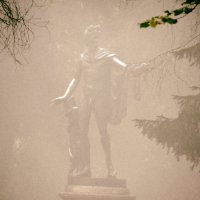 Туманно в парке(Аполлон) :: Алексей Цветков