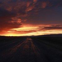 Навстречу облакам (долина каньона Чарын, Казахстан) :: Natalya Danilova