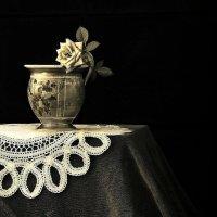 Старая  чашка... Чашка еще  довоенных времен.. :: Валерия  Полещикова